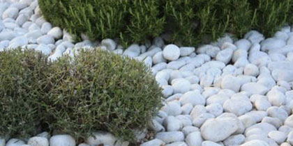 Pebblestones, cobblestones and granulates
